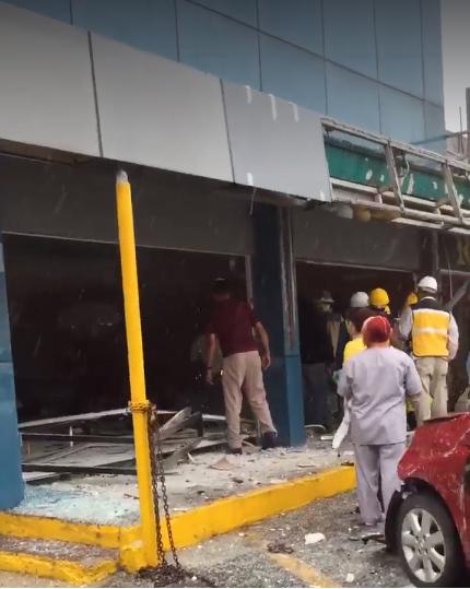 Al menos 4 heridos fue el saldo de la explosión de gas en San Pedro Garza García