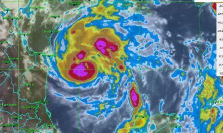 Alerta máxima ante Huracán Harvey