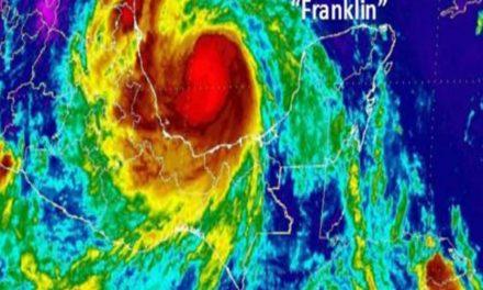 #Franklin ahora como huracán cat. 1