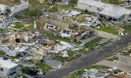El primer Ministro de Barbuda, menciono que es inhabitable la isla y tiene 90% de daños.