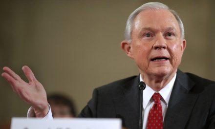 """DACA por """"interés social"""" y dreamers quedan en el limbo- Jeff Sessions"""