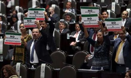 Partidos políticos se reunieron ayer para proponer su donación a damnificados