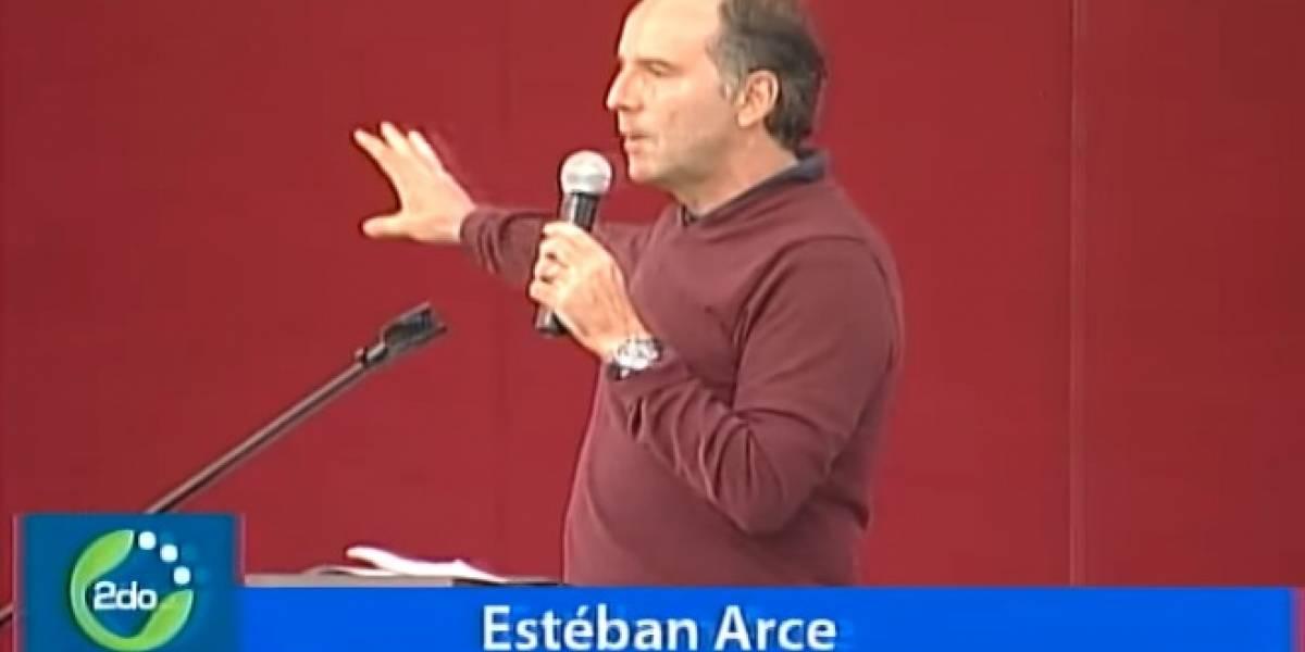 """Universitarios critican a Esteban Arce por conferencia sobre """"libertad de expresión"""""""