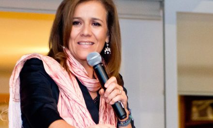 MARGARITA ARREMETE CONTRA AMLO EN REUNION CON BARRA DE ABOGADOS.