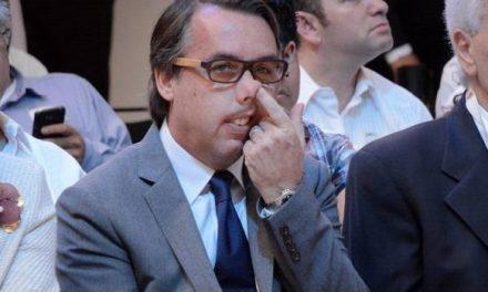 Emilio Azcarraga deja la dirección de Televisa.