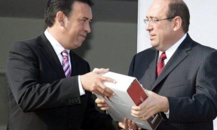 Gobierno de Coahuila y Veracruz, PEMEX y CFE vinculados con ZETAS afirma investigación de la Universidad de Texas