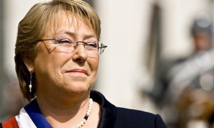 Michelle Bachelet : en cuarto lugar de este importante listado de mujeres políticas.