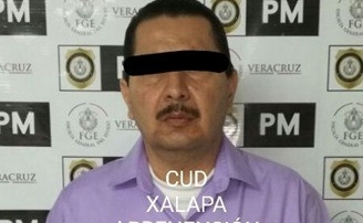 Detienen a Profesor por posible abuso sexual a menor de edad.