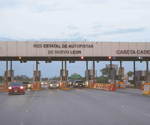 Gobierno Independiente de Nuevo León aumenta cuota de autopistas.