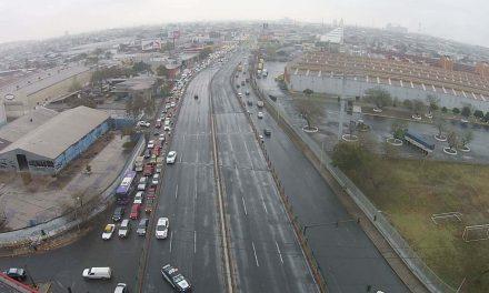 Siguen congeladas avenidas de Monterrey