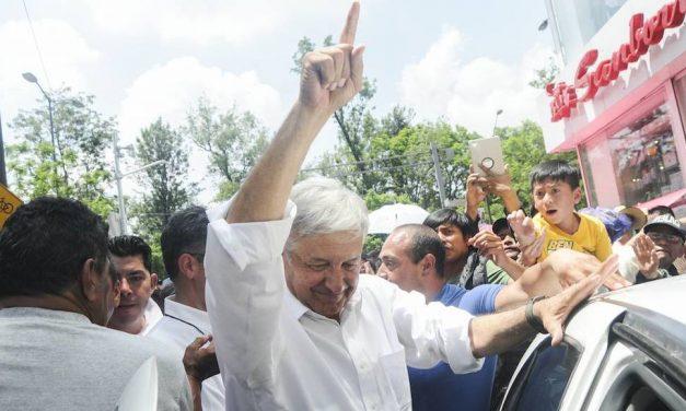 AMLO líder en encuesta nacional realizada por Grupo Reforma.