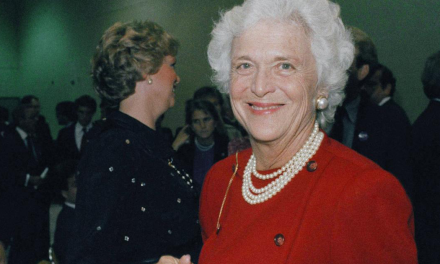 Fallece Barbara Bush