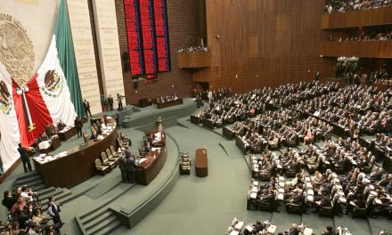 Comisión de Puntos Constitucionales elimina fueros