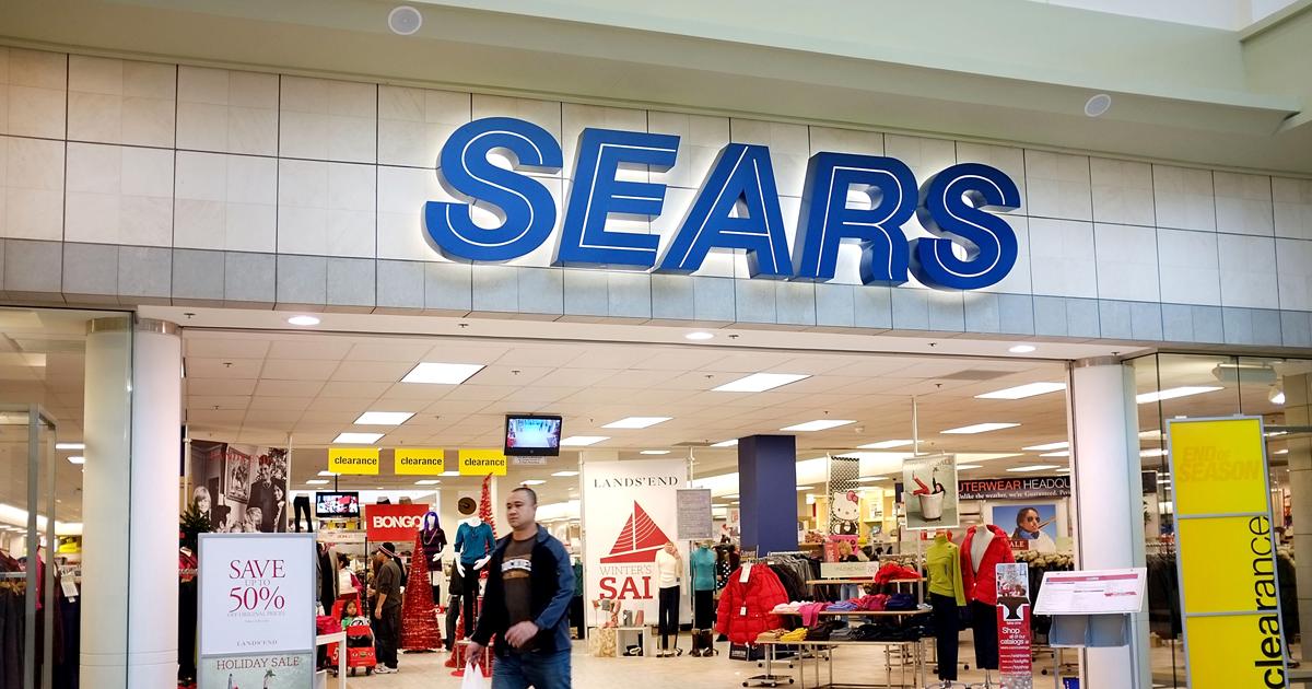 Sears vende tiendas en subastas online
