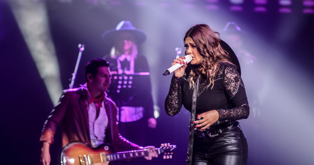 Yuridia estremece nuevamente con su voz en el Auditorio Nacional