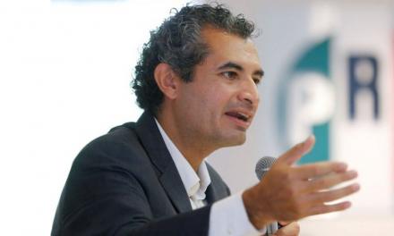 Enrique Ochoa deja la presidencia del PRI