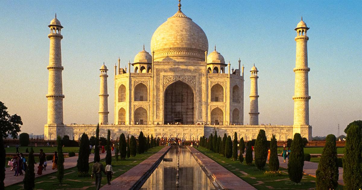 Taj Mahal se está volviendo verde
