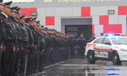156 oficiales del municipio Apodaca reciben ascenso
