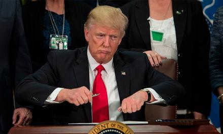 Trump si quiere muro