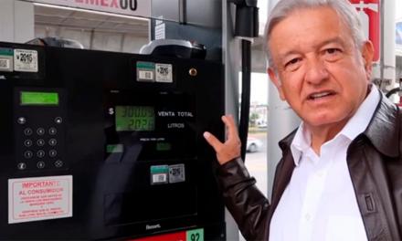 AMLO promete comprar 500 pipas para distribuir gasolina