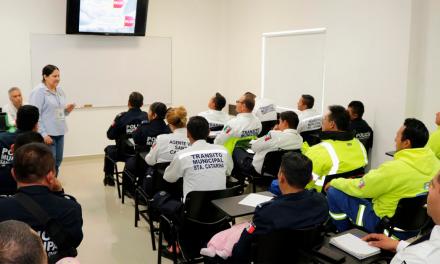 Refuerzan conocimientos de tránsitos y rescatistas de Santa Catarina