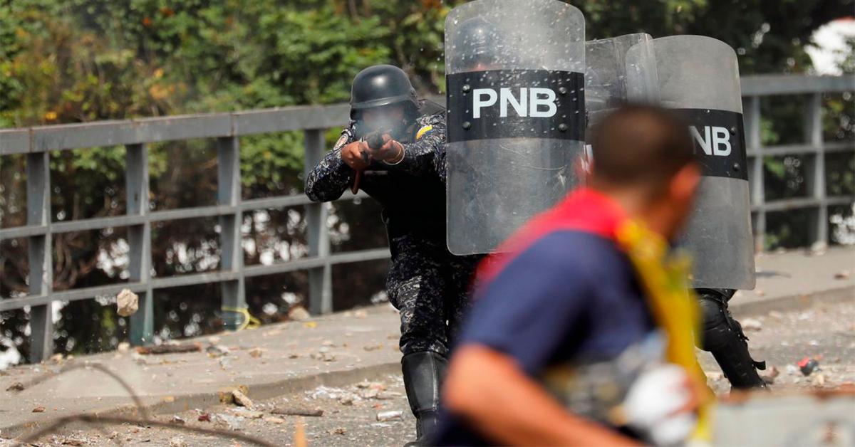 Suman 16 los muertos por protestas en Venezuela