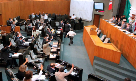 Suspenden incremento a impuestos vehiculares por violar principio de equidad