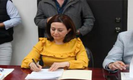 Exigen diputados de MC aplicar castigo al Bronco por funcionarios que levantaron firmas