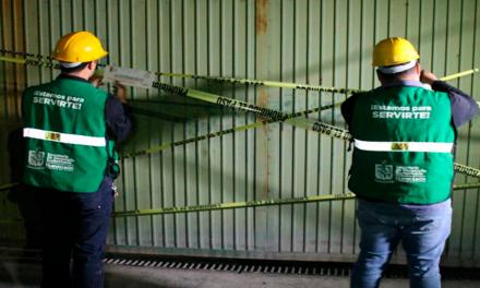 Suspende García a otras dos empresas contaminantes