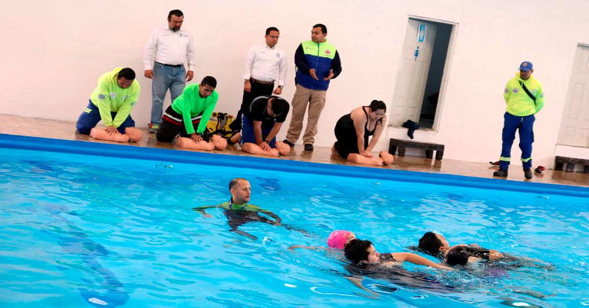 Capacitan a salvavidas para temporada acuática 2019 en Santa Catarina