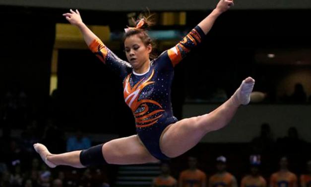La gimnasta que se rompió las dos piernas se retira