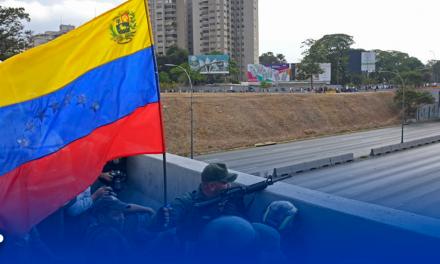 """Guaidó libera a Leopoldo López y anuncia """"fase final"""" contra la """"usurpación de Nicolás Maduro"""