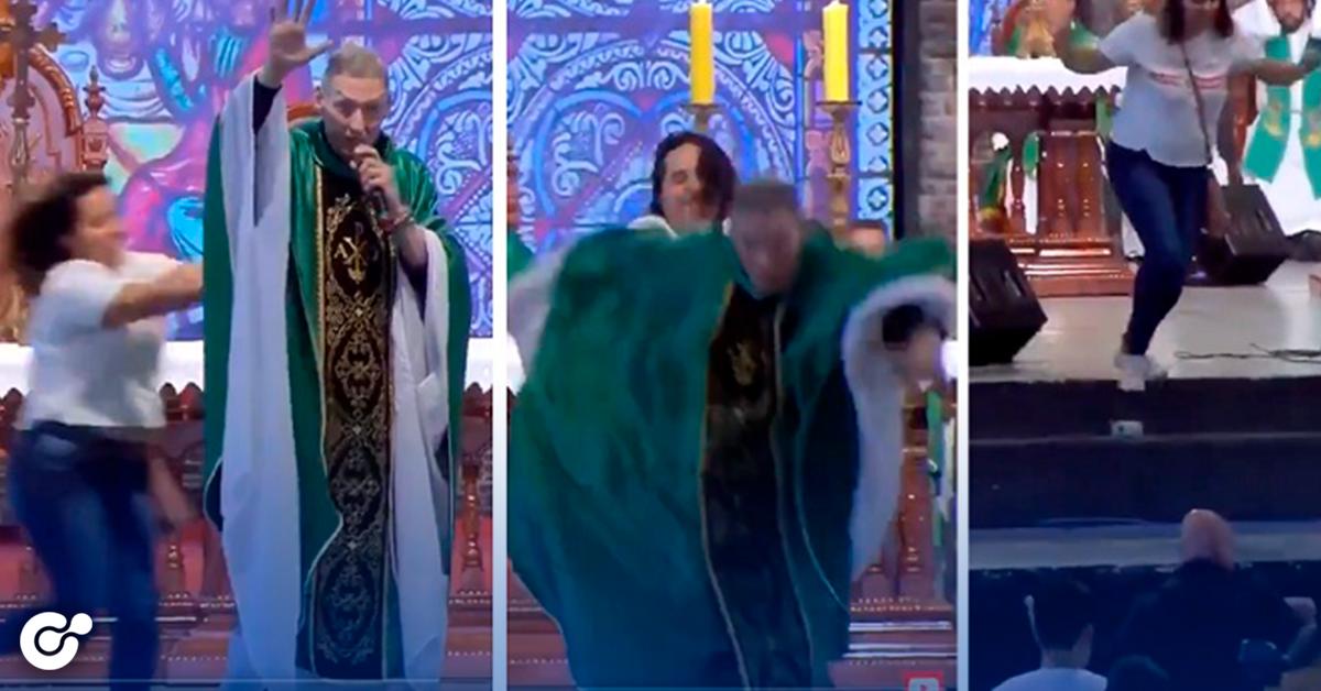 Mujer empuja a sacerdote durante misa