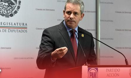 """Falta Presidente en México """"tenemos a un bufón"""""""