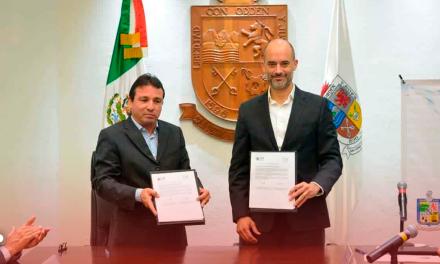 Firma San Pedro convenio con Agua y Drenaje