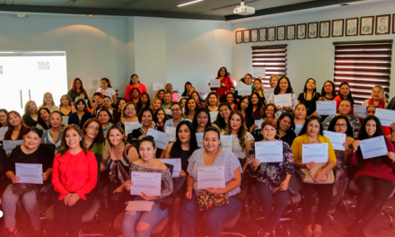 Se gradúan en Escobedo 80 mujeres emprendedoras