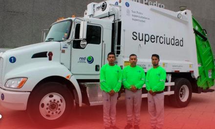 Estrenan 'super-camiones 'Red Ambiental