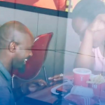 ¡Pide matrimonio en KFC y se burlaron de él!