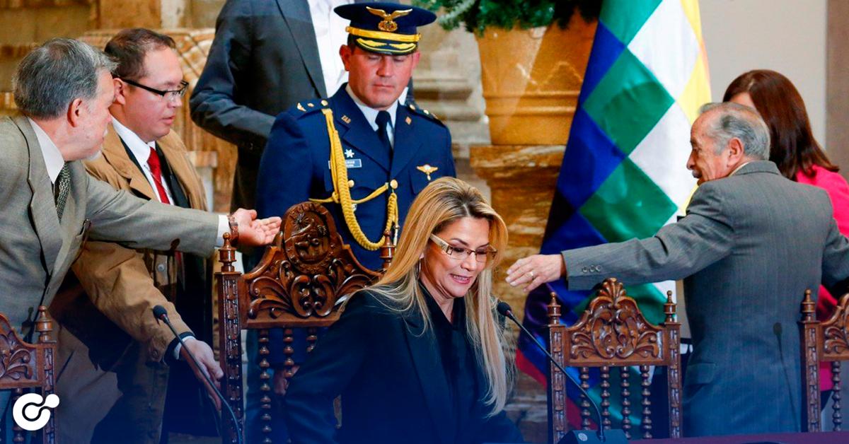 Bolivia expulsa a embajada de México