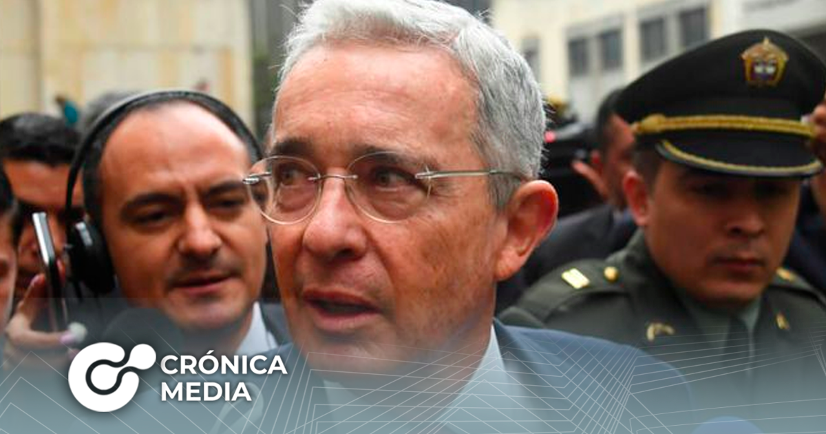 Dictan privativa de libertad al expresidente colombiano Álvaro Uribe
