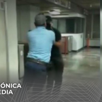 Guardia somete a usuario en Metrorrey de Nuevo León