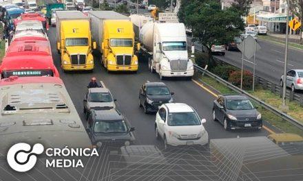 Transportistas cierran autopistas por protesta