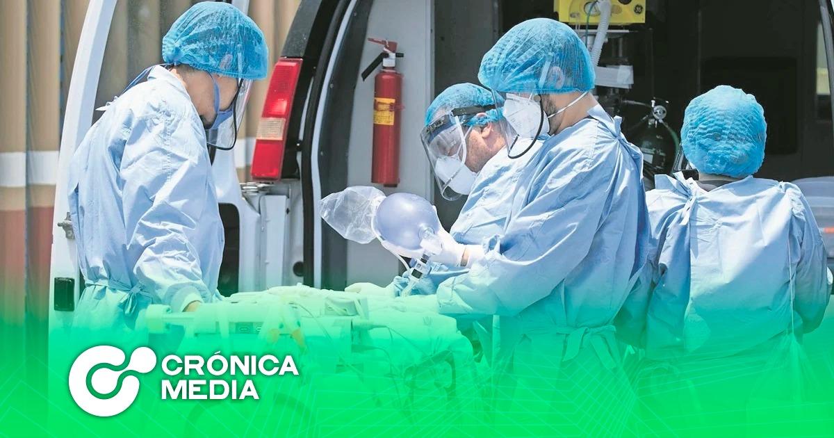 Hospitales en CDMX al tope por casos de Covid-19