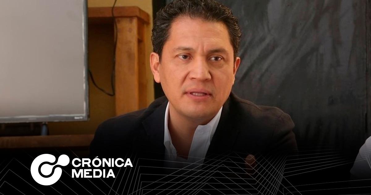 Juan Carlos Ruiz anuncia interés por alcaldía de Monterrey