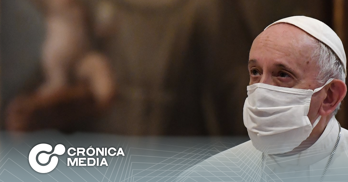 El papa Francisco recibe la primera dosis de la vacuna contra el covid-19