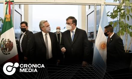 Presidente de Argentina llega a México