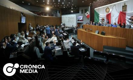 Diputados de Nuevo León difieren sobre aplicación de vacuna anti covid