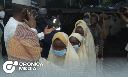 Liberan a casi 300 niñas secuestradas en Nigeria