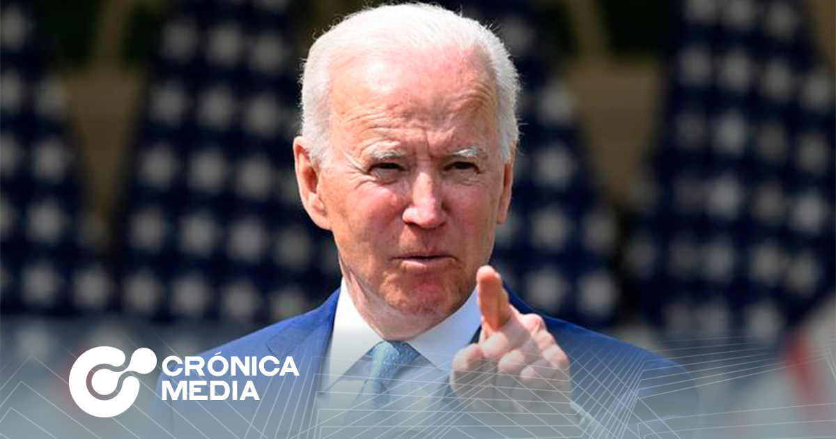 Joe Biden anuncia restricciones para uso de armas.