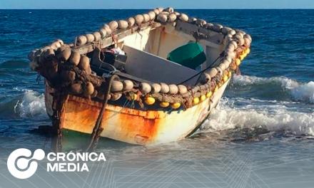 Hallan embarcación con 17 inmigrantes muertos cerca de Canarias